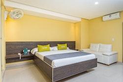 Hotel Ayenda 56 Avenue Plaza 1322 - Doble Suite - 0